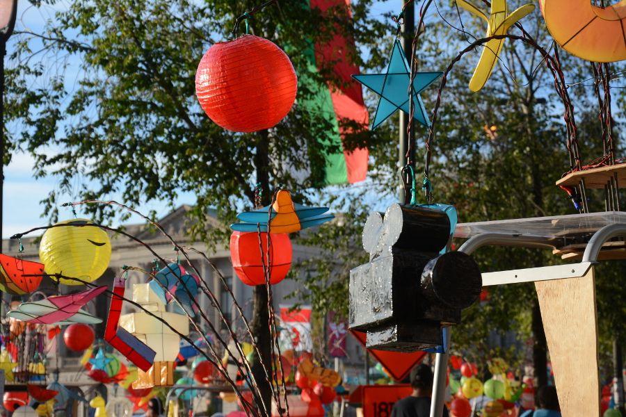 Lanterns up close on Cai Guo-Qiang: Fireflies pedicab in Philadelphia.