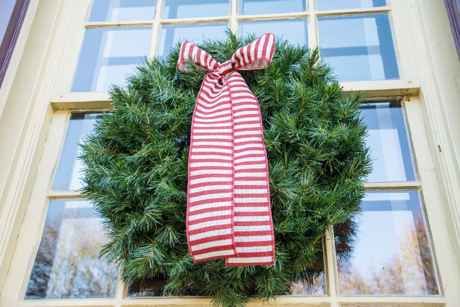 A Christmas wreath in Historic Odessa, Delaware.