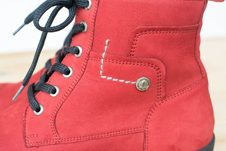 Close up of Waldlaufer's Dede Holma boots in red.