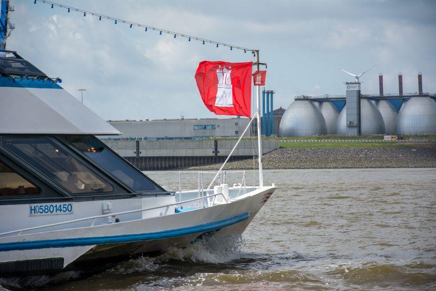 Ship flying the Hamburg flag.