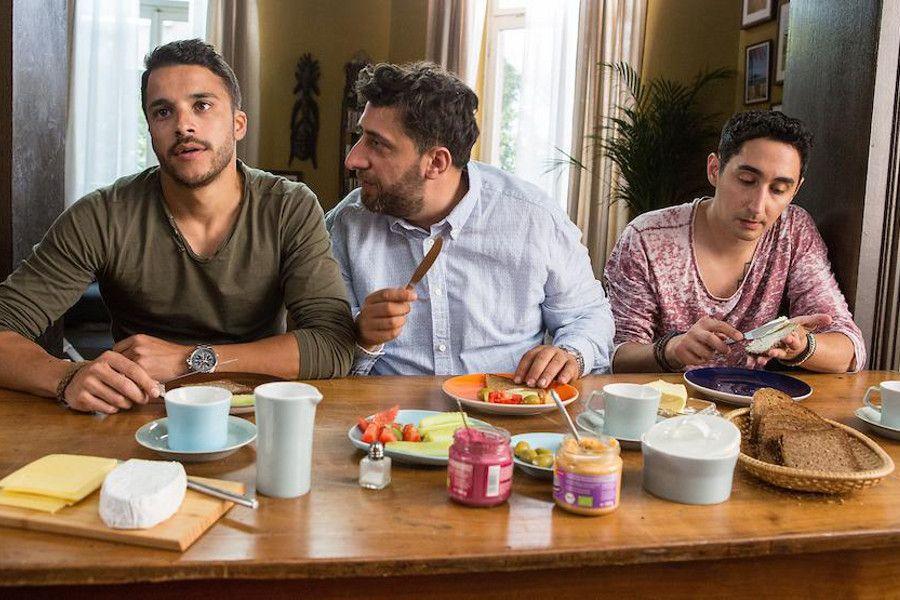 Learn German with the film 3 Türken & 1 Baby starring Kida Khodr Ramadan.