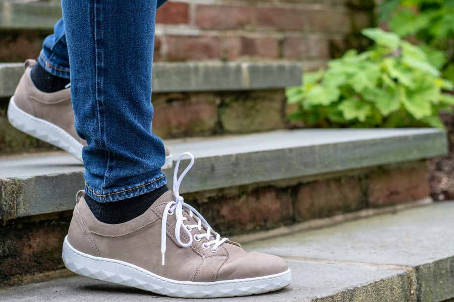 Stepping out in a pair of Waldlaufer Mica Herne sneakers.
