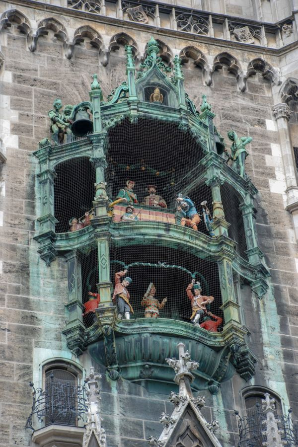 Watching Munich's Glockenspiel in Marienplatz is one of the great free things to do in Munich!