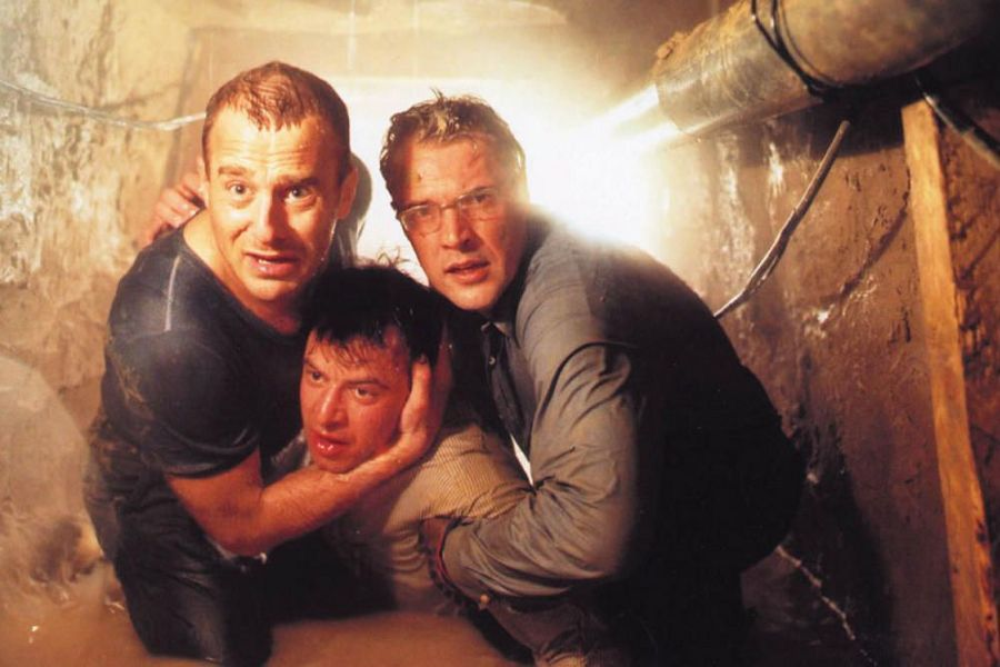 Learn German with the film Der Tunnel starring Heino Ferch.