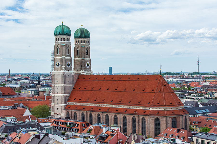A peek onto the Frauenkirche from Alter Peter's tower.