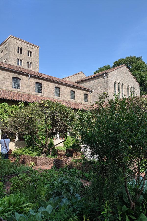 Met Cloisters' Bonnefont garden and cloister is a medieval garden