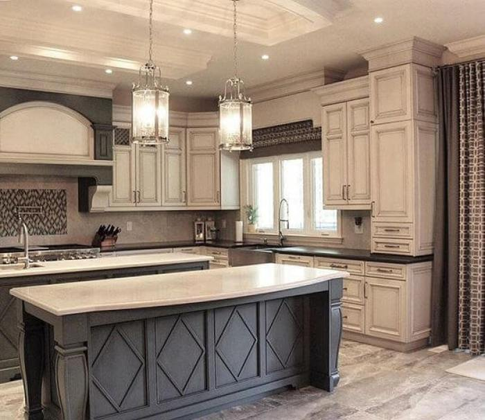 Antique White Cabinets Design Ideas. white kitchen backsplash ideas - 25 Antique White Kitchen Cabinets Ideas That Blow Your Mind - Reverb