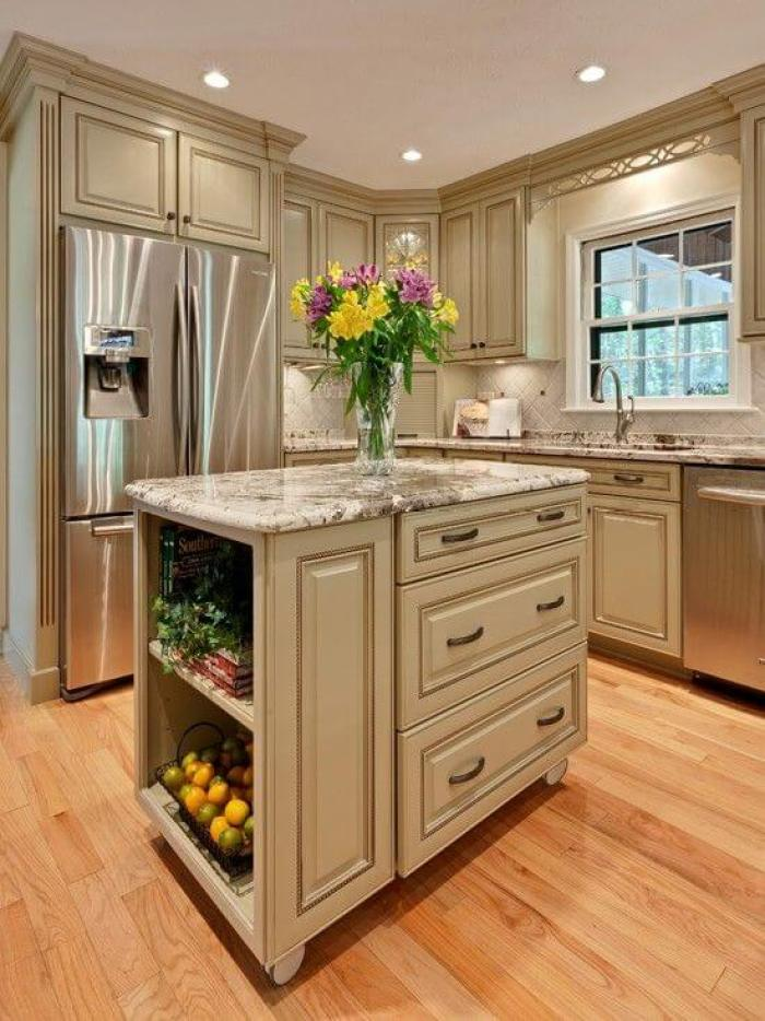 25 antique white kitchen cabinets ideas that blow your - Off white cabinets with chocolate glaze ...