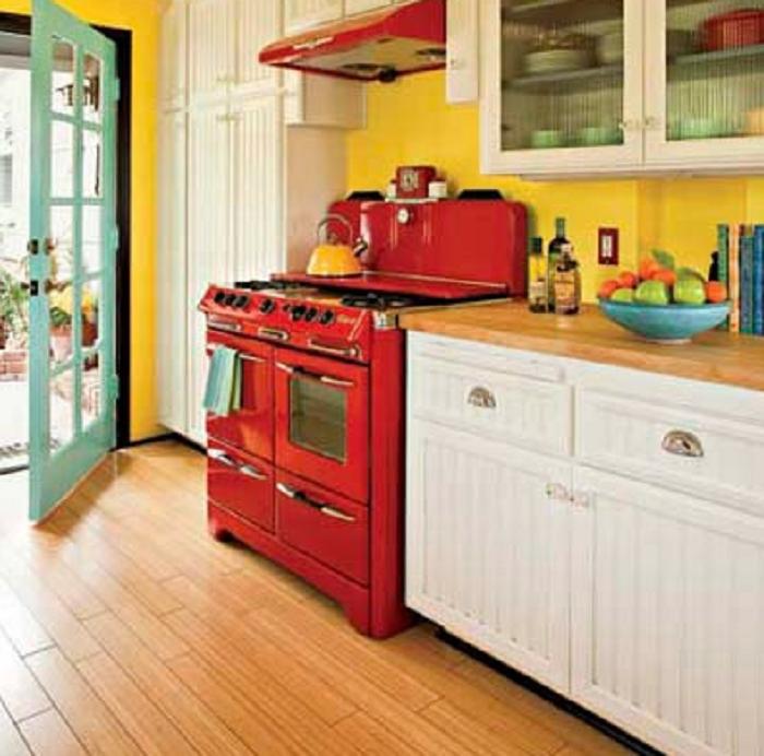 39 best ideas desain decor yellow kitchen accessories for Kitchen decorating ideas yellow walls