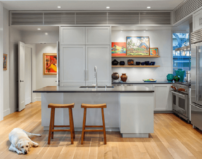 Mid Sized Transitional L Shaped Eat In Kitchen Remodel In Austin
