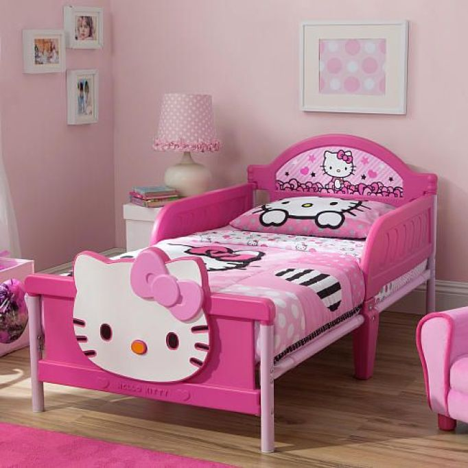the cutest kittilicious room ideas to decorate your girls. Black Bedroom Furniture Sets. Home Design Ideas