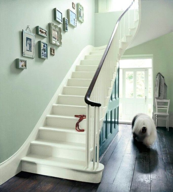 Paint Colours For Hallways and Stairs