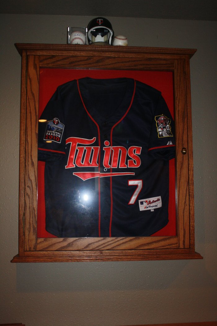 The best presentable display cases ideas to showcase your diy jersey display cases solutioingenieria Choice Image