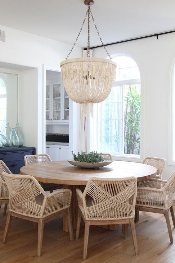 Round Breakfast Nook Table