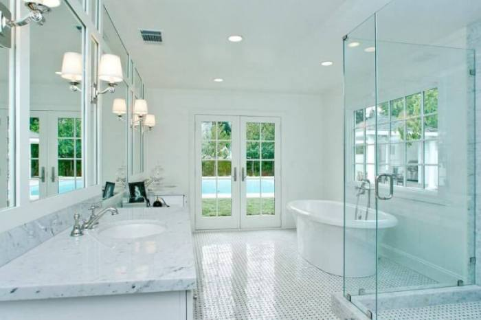 White Luxury Bathroom
