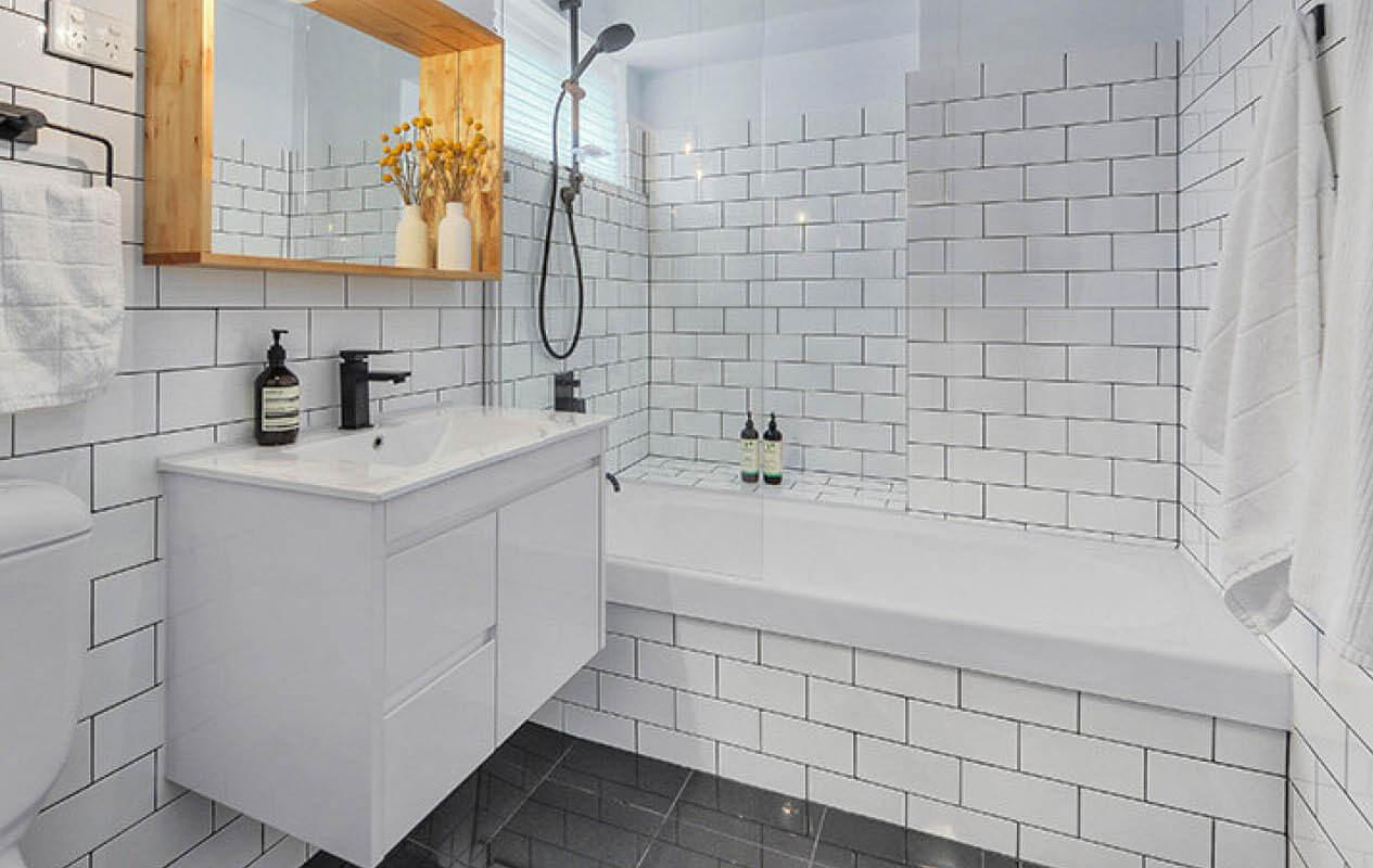 15 Favorite Ideas of Subway Tile Bathroom - Reverb on Bathroom Ideas Subway Tile  id=64522