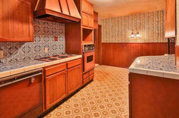 mid century modern kitchen tile