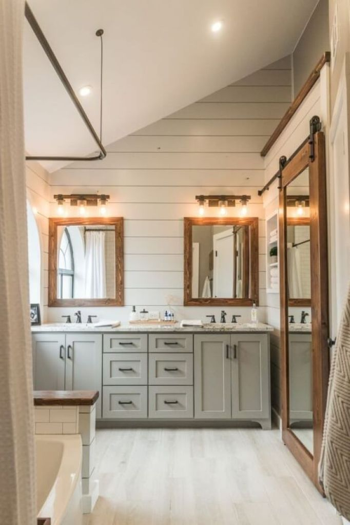 Attic Farmhouse Bathroom