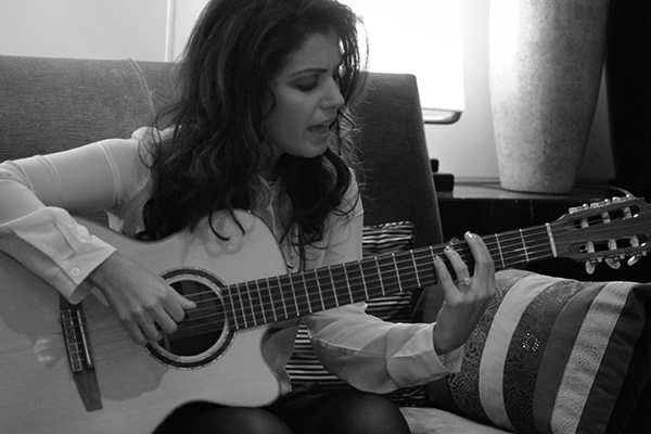 Sortie de l'album Secret Symphony de Katie Melua