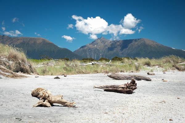 la plage de Haast en Nouvelle-Zélande