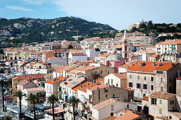 Point de vue sur la ville de Calvi