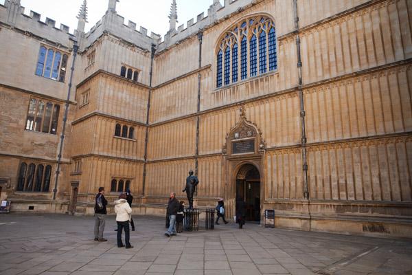 Bibliothèque avec Harry Potter de Oxford