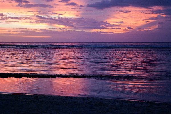 coucher du soleil violet