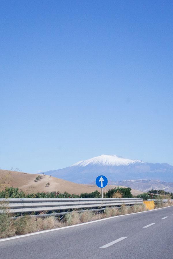Route vers le Mont Etna, Sicile