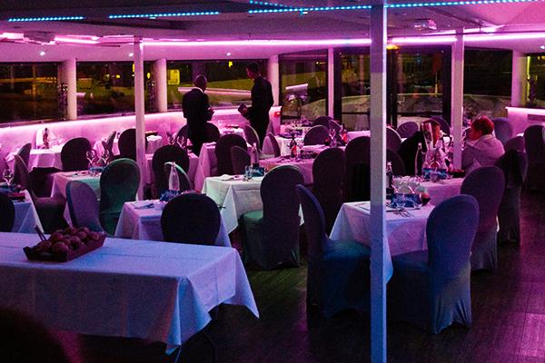 Restaurant du VIP Yacht Paris hotel
