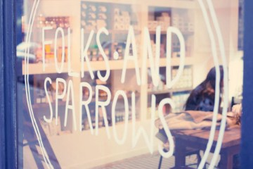 Coffee shop parisien Folks and Sparrows