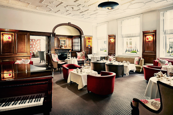 Brown's-Hotel-London-The-EnglishTea-Room-Piano-Room-4542