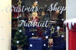 Truffaut christmas pop-up store paris