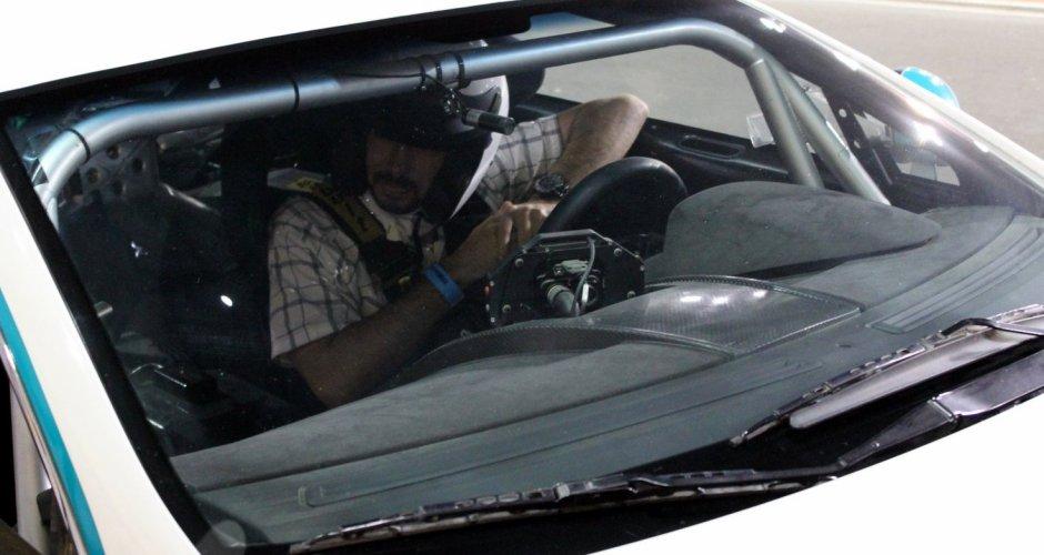 Aston Martin Vantage GT4 v Yas Marina