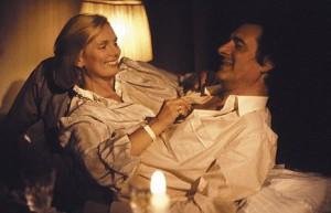 """Moment der ungetrübten Harmonie: Monaco Franze (Helmut Fischer) und sein """"Spatzl"""" (Ruth-Maria Kubitschek) (© BR/Balance Film)"""