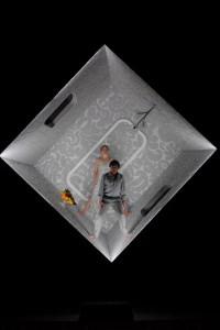 """Licht-Raum in abgründiger Schwärze: Klaus Grünbergs Bühnenraum für """"Tristan und Isolde"""" fasziniert immer wieder. Foto: Matthias Jung"""
