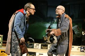 Häuptlinge des Punk: Uwe Schmieder (li), Uwe Rohbeck. Foto: Schauspiel Dortmund/Birgit Hupfeld