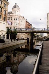 ...außerdem war ich schon mal in Aarhus. (Foto von 2003: Bernd Berke)