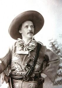 Fantasie, dargestellt als Wirklichkeit: Karl May als Old Shatterhand, fotografiert 1896 von Alois Schießer. Foto: Karl-May-Museum Radebeul bei Dresden
