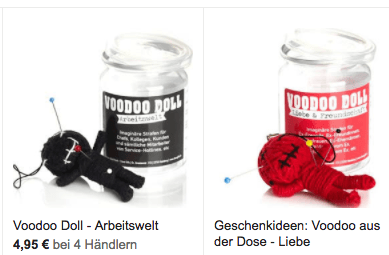 Puppe, Nadeln, Dose - Screenshot mit Komplett-Sets zur Arbeitswelt (links) und Liebe (rechts). (© Hersteller)