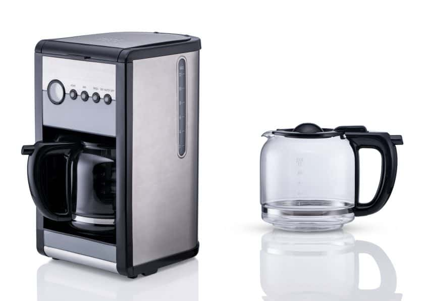 Image shows electric coffee maker with glass jar.