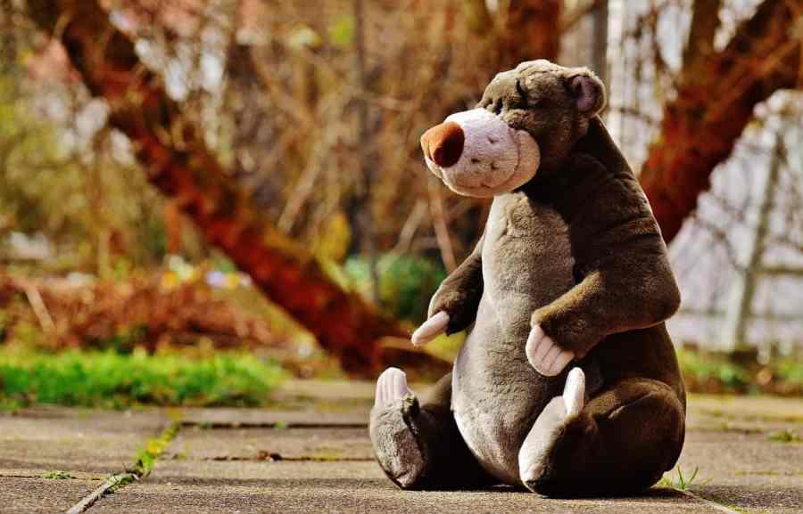 Urso de pelúcia gigante da Disney.