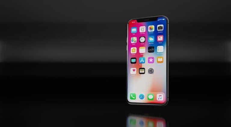 Iphone in primo piano