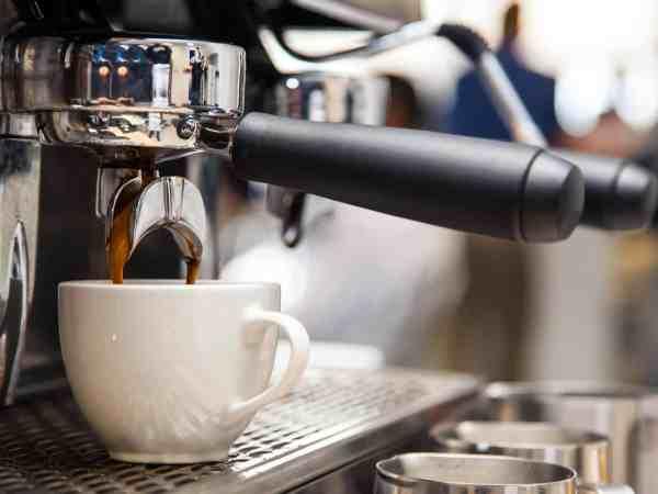 macchina-da-caffè-multifunzione-principale-xcyp1