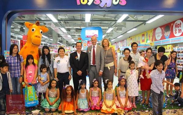 """Toys ""R"" us Grand Opening @ Promenada Chiangmai"""