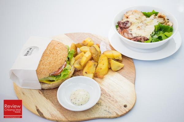 The White Plate ร้านอาหารจานสีขาวสไตล์อิตาเลียนฟิวชั่น เจเจมาร์เก็ต เชียงใหม่