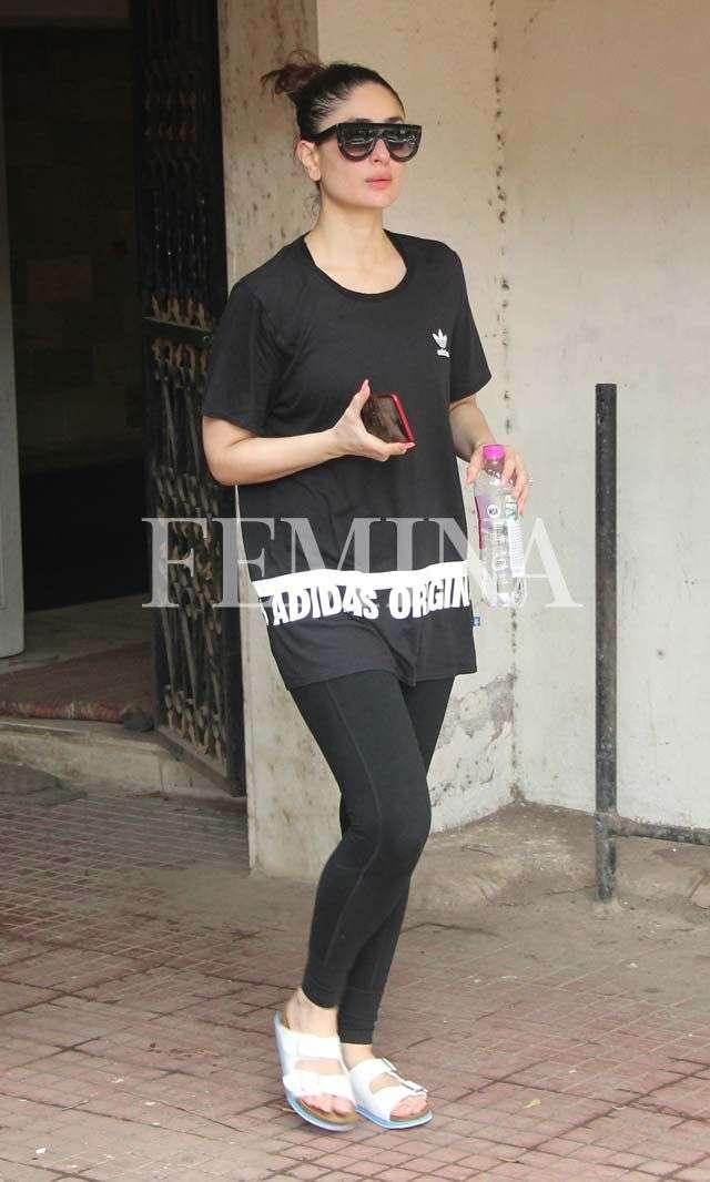 Kareena Kapoor Khan Looking Good In Gym Wear