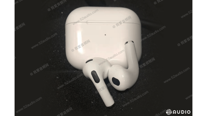 A leaked photo of the AirPods Gen 3