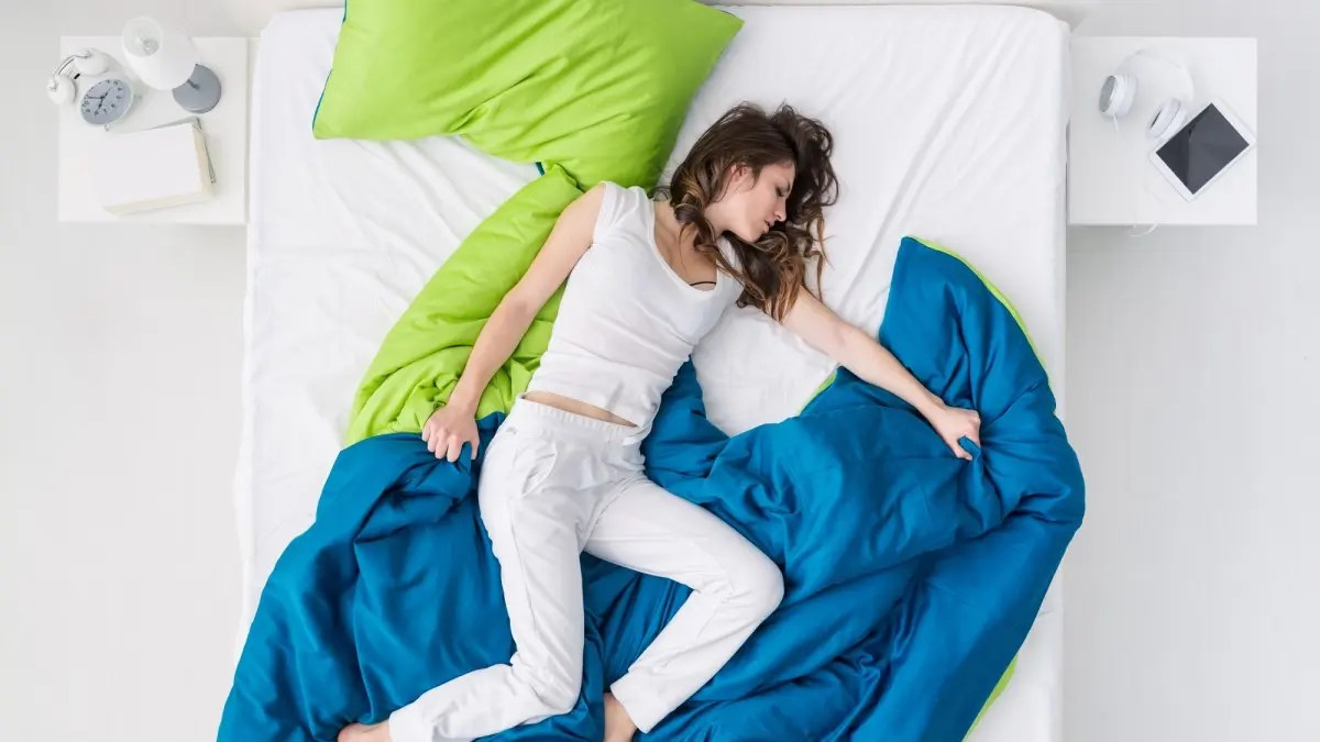 The Best Cooling Bedsheets For Hot Sleepers Review Geek