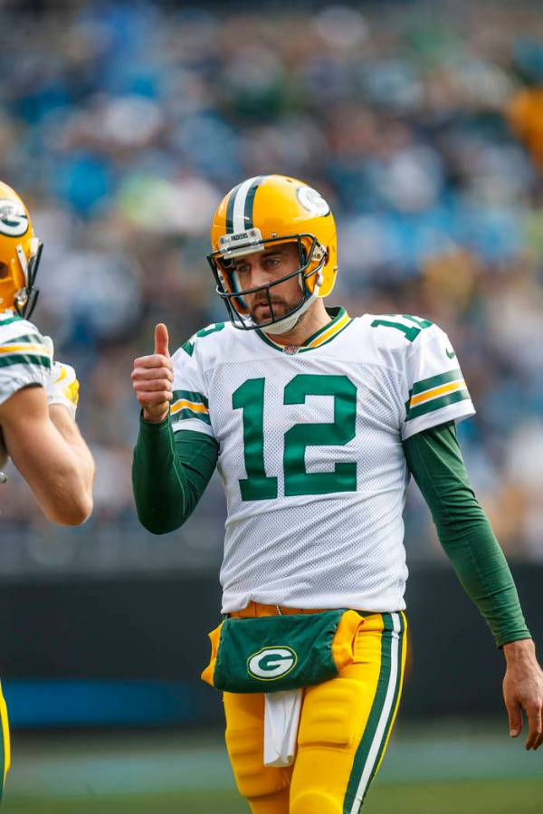 Danica Patrick says she's dating Packers' Aaron Rodgers ...