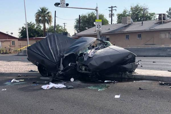 1 dead after crashing car into wall in downtown Las Vegas ...